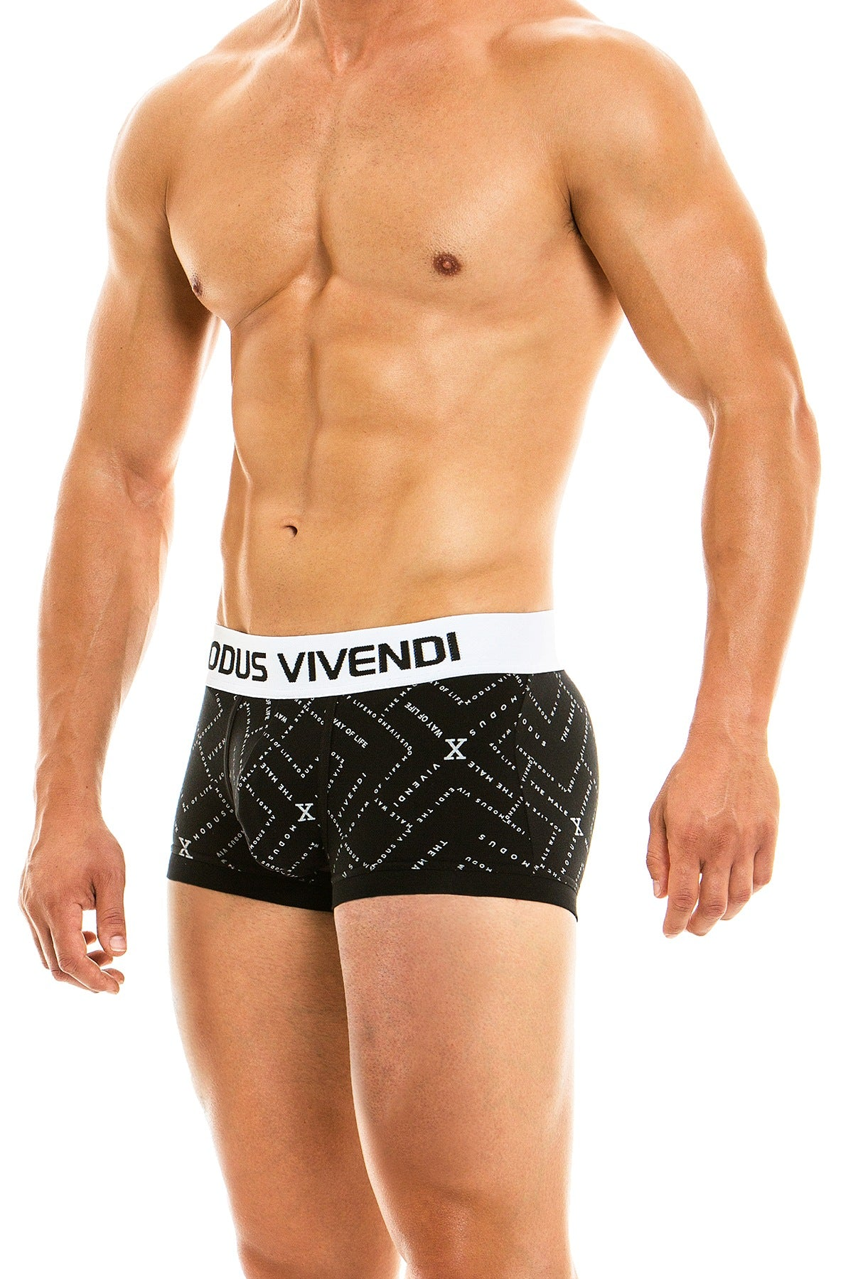 Modus Vivendi Black Birthday Trunk