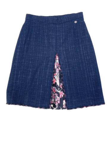 Rare Chanel Boucle Silk Kick Pleat Skirt | 44