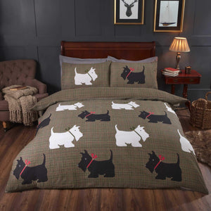 Single Plaid design duvet set with white and black scottie dogs