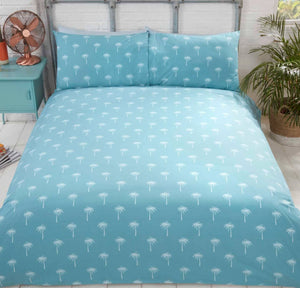 reverse of Bright and stylish California quilt set with vibrant surfer beach design. This bedding is available in a fresh blue colour palette ensuring this bedding will look sensational in any modern bedroom.