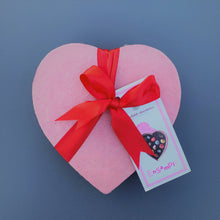 Load image into Gallery viewer, Fritz Knipschildt Chocolatier - Small Heart Signature Collection