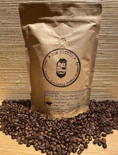 Load image into Gallery viewer, Joe Studio - 5 lb. Bag -  Colombia Huile El Tiple Excelso EP - Medium Roast