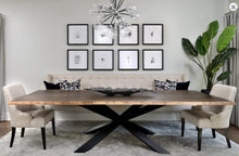 CZAR DINING TABLE