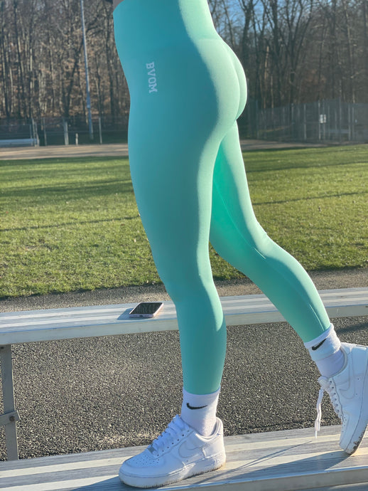 Bright Teal Seamless Leggings