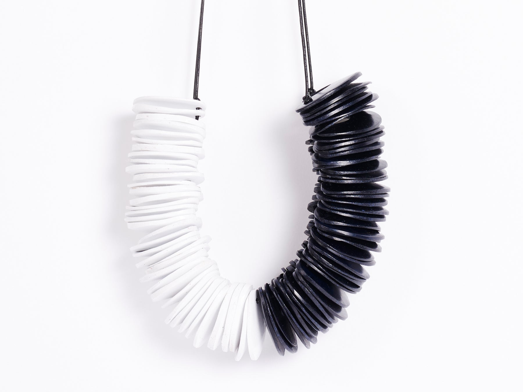 chunky black and white necklace