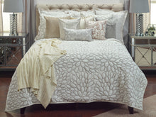 Bedding King Ivory The Harriet ***DISCONTINUED***