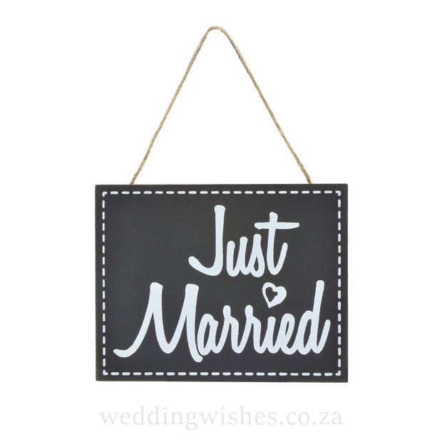 Hanging Wood Just Married Sign For Wedding Black