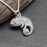 Load image into Gallery viewer, sterling silver chameleon pendant charm