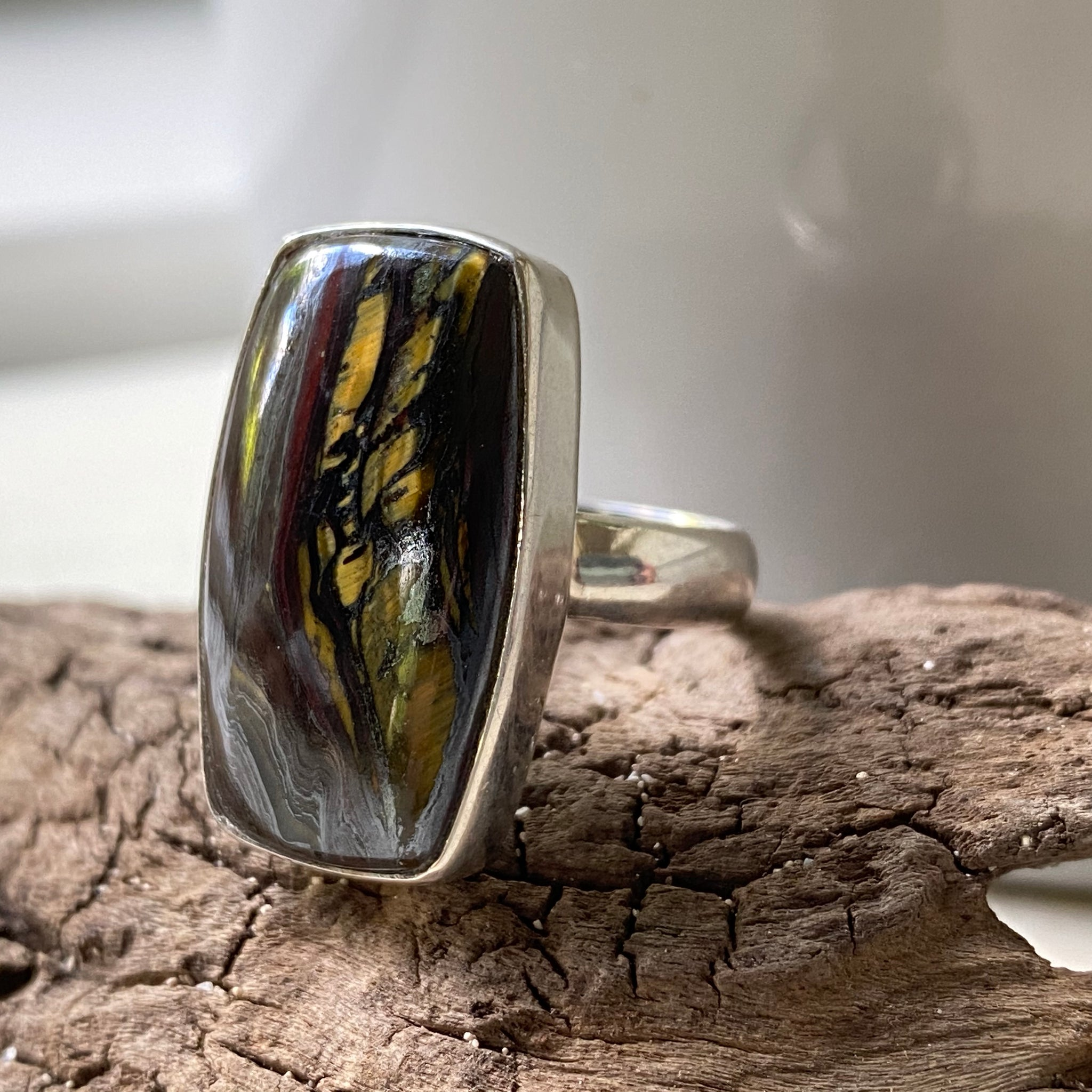 sterling silver tiger iron stone ring