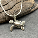 Load image into Gallery viewer, sterling silver turtle necklace