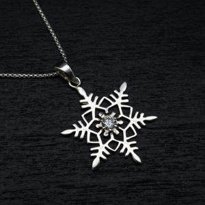 sterling silver snowflake pendant snow winter charm necklace