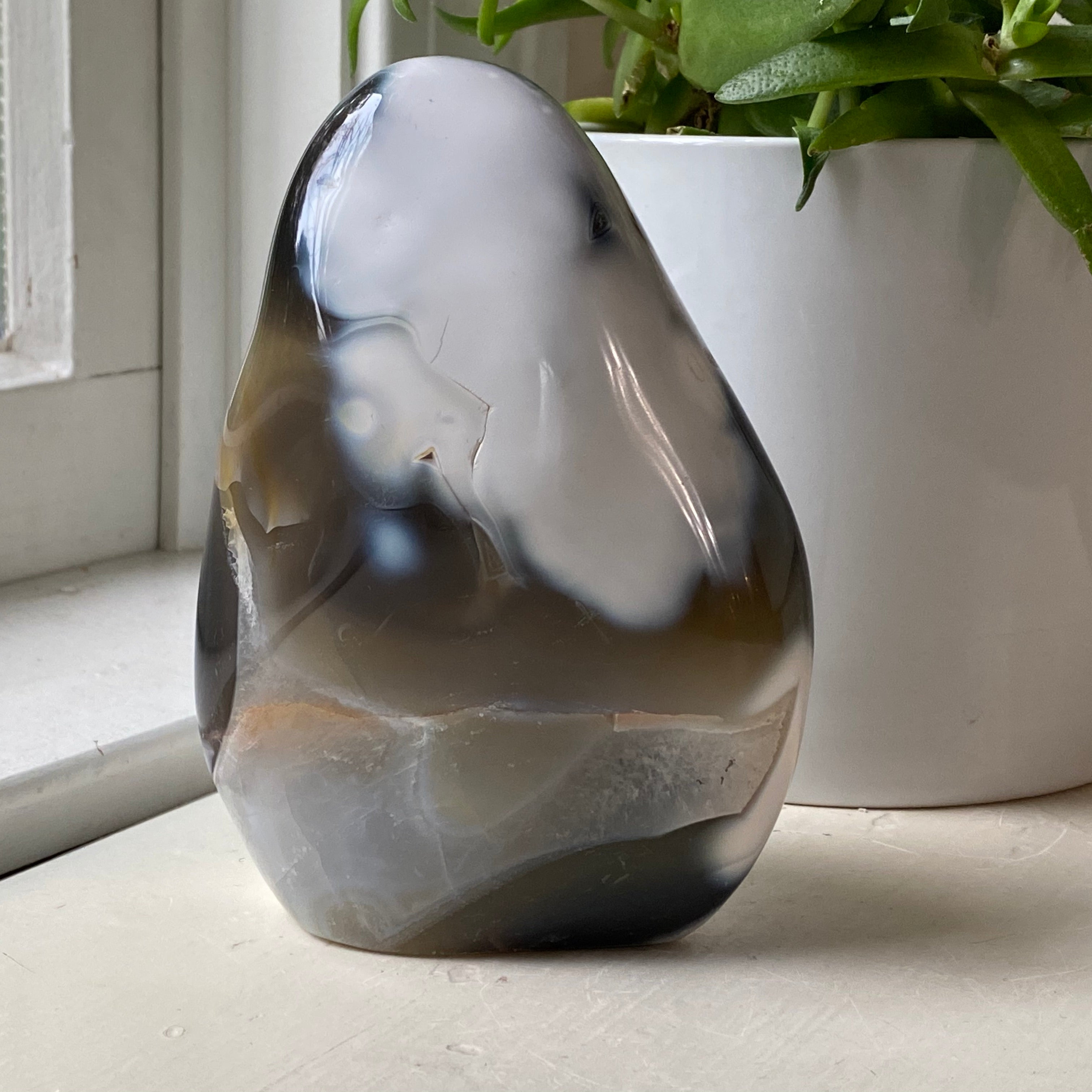 orca agate free form stone tower