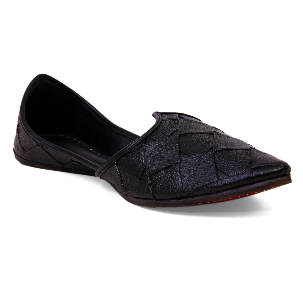 Distinct Black Genuine Leather Jutti