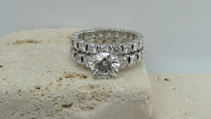 Platinum Modern Round Brilliant Cut Diamond Engagement Ring and Matching Wedding Band