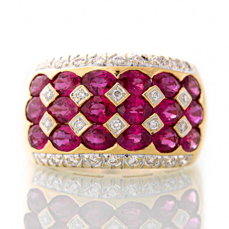 Levian ruby and diamond ring in 18k yellow gold.