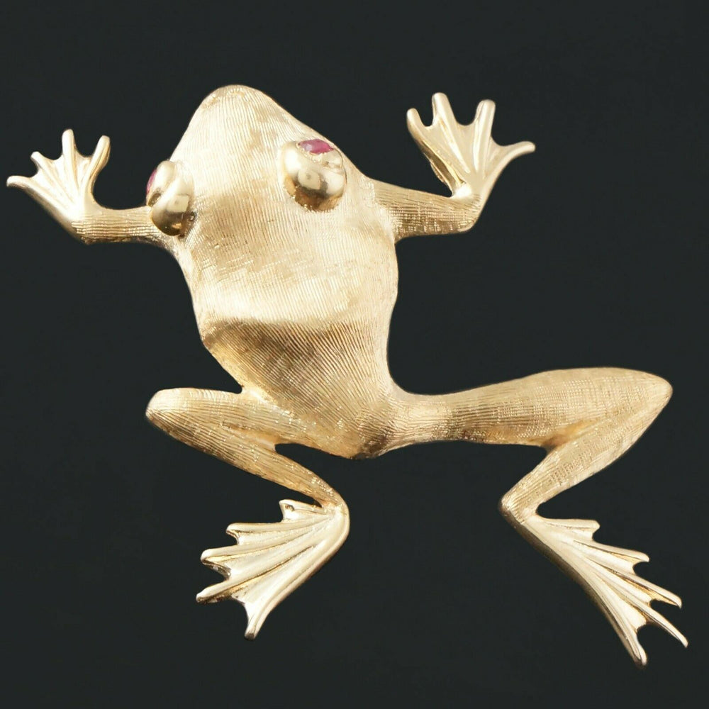 Detailed Brushed Solid 14K Yellow Gold & Ruby 3 Dimensional Frog Pin, Estate Brooch