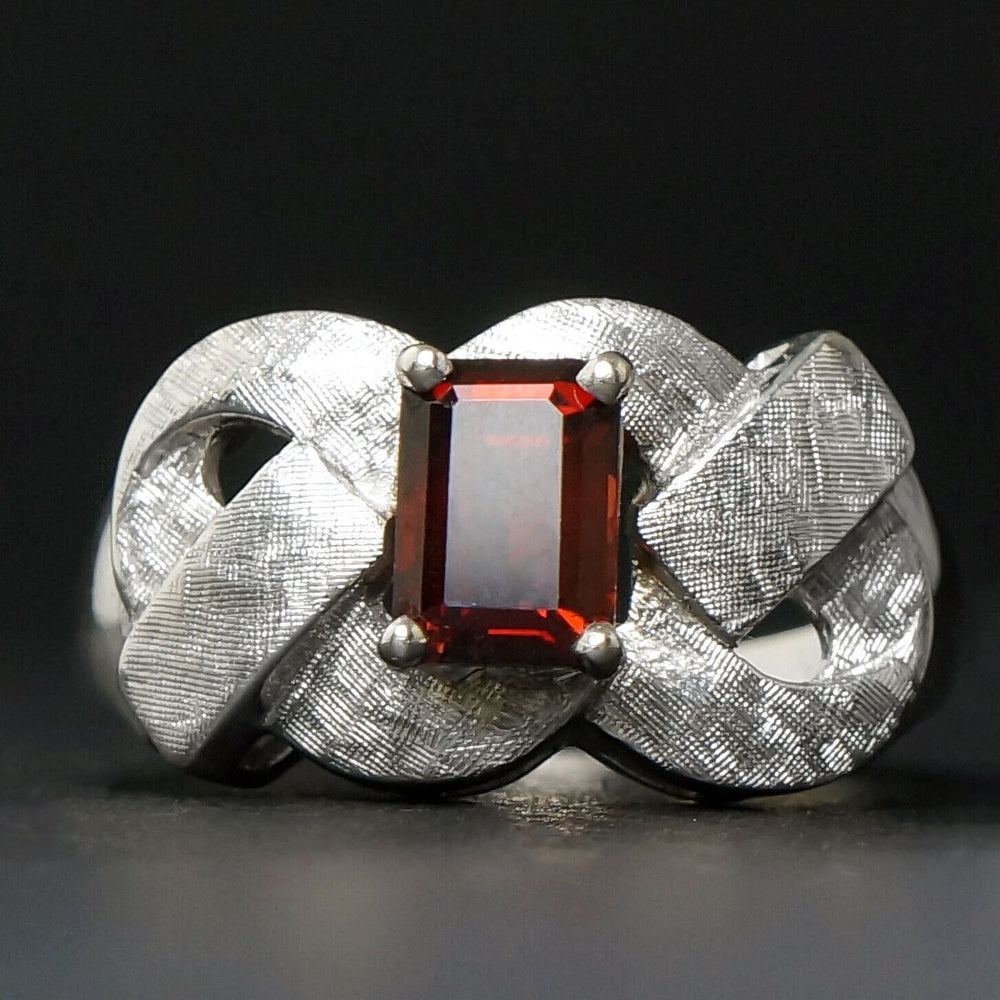 Retro Solid 14K White Gold Florentine & 1.3 Ct. Garnet Estate Filigree Ring
