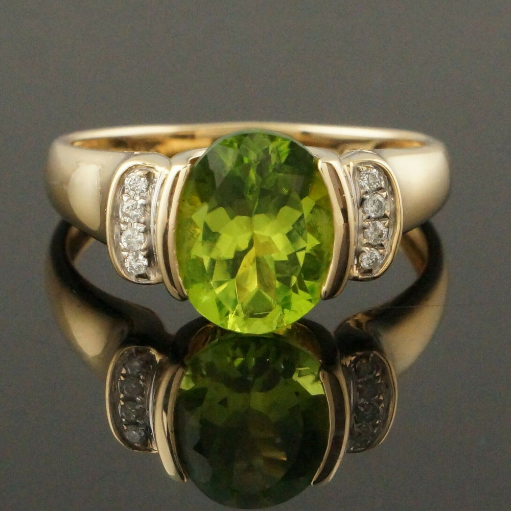Solid 14K Yellow Gold, 3.0 Ct Oval Peridot & Diamond Accent Estate Ring