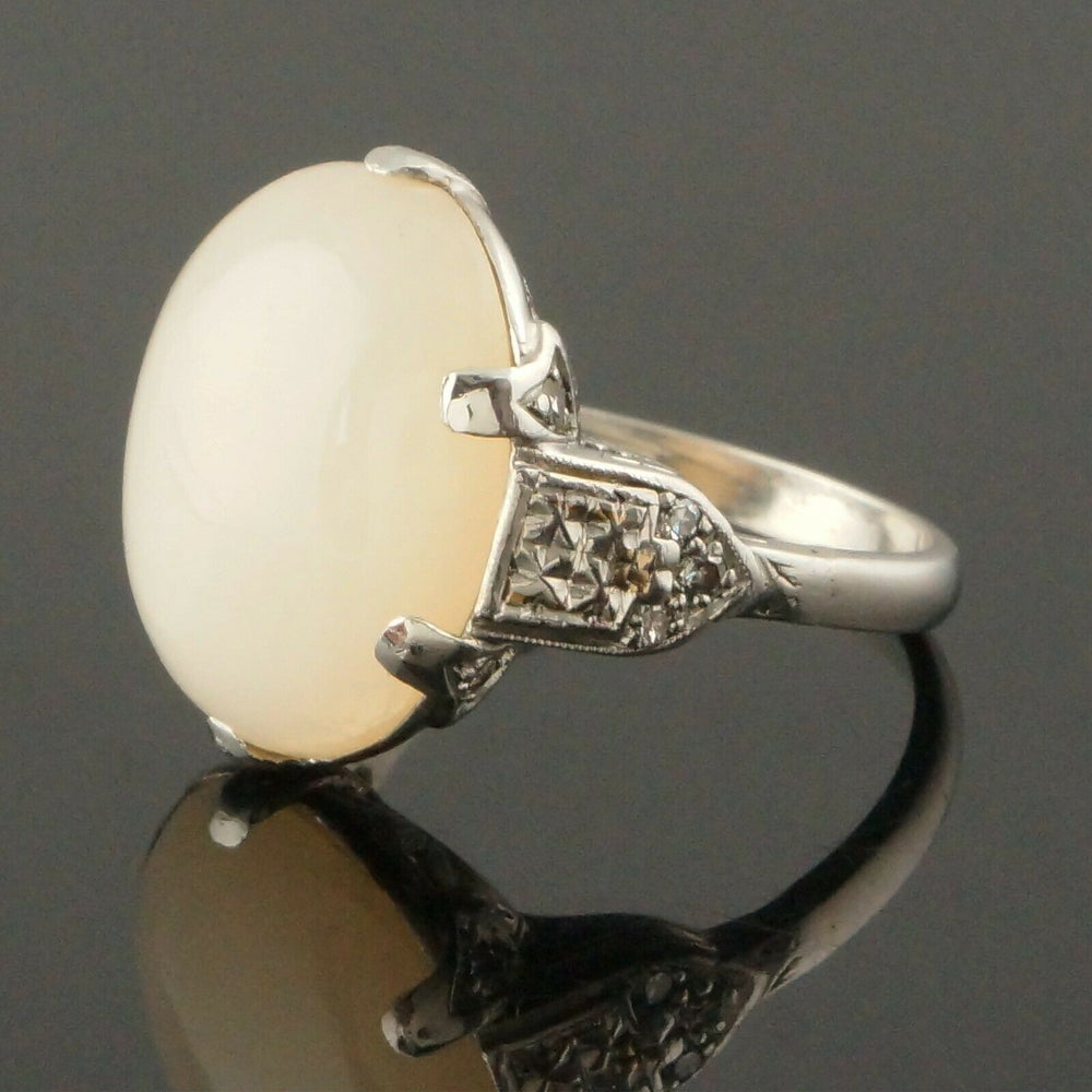 Antique 1930s Art Deco Platinum, 15.0 Ct Moonstone & Diamond Accent Estate Ring