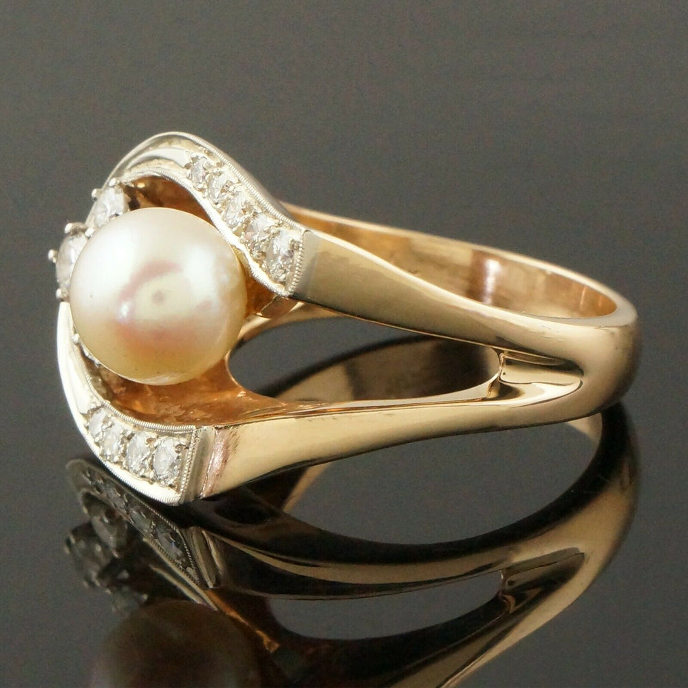 Retro Modernist Two Tone Solid 14K Gold, Pearl & Diamond Lady's Estate Ring4