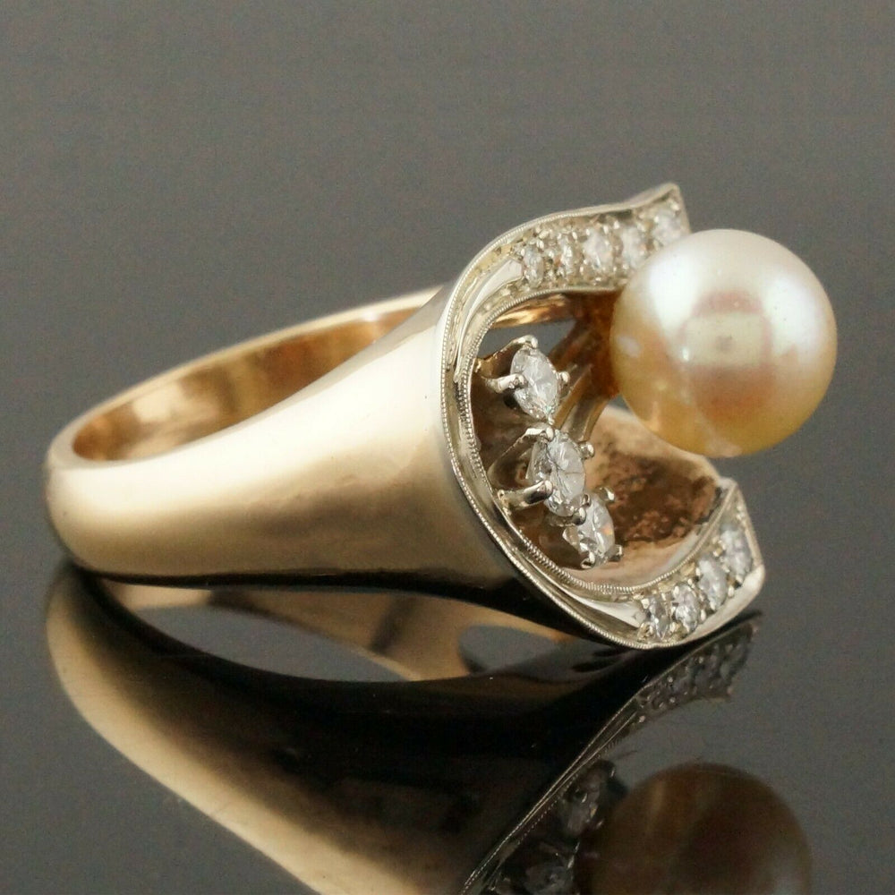 Retro Modernist Two Tone Solid 14K Gold, Pearl & Diamond Lady's Estate Ring5