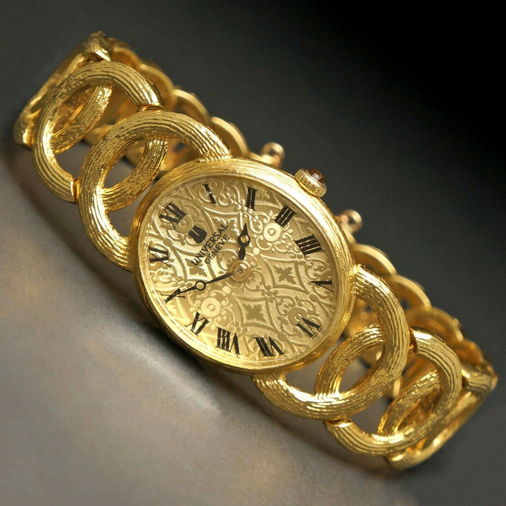 Stunning Vintage Universal Geneve Solid 18K Yellow Gold Lady's Bracelet Watch