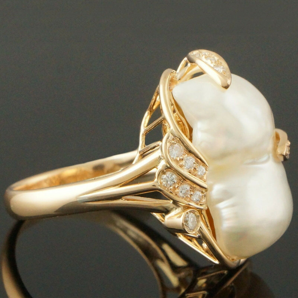 Retro Fresh Water Pearl Estate Ring - Solid 14K Yellow Gold, Fresh Water Pearl & .32 cttw Diamond