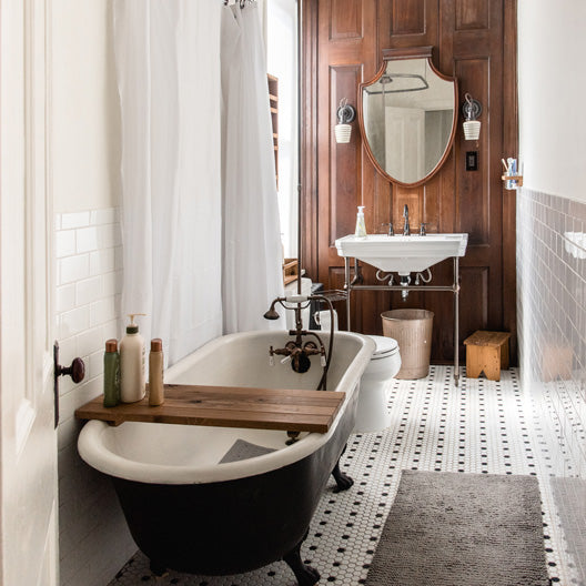 The Bathroom at The Peg and Awl House