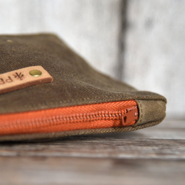 The Bloom Essentials Pouch – Small Batch