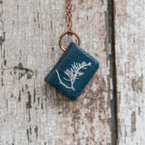 Anna Atkins Medium Book Necklace: Grateloupia filicina