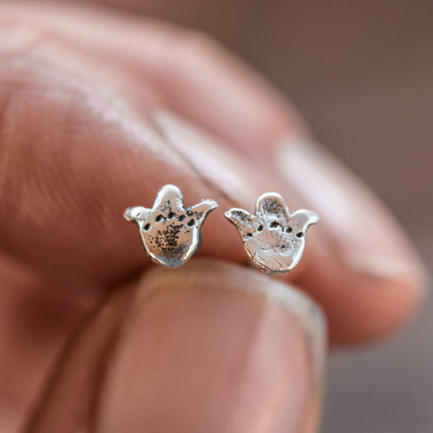 Foundlings Earrings: Opal (Flower)