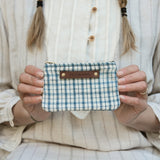 Spender Pouch with Homespun Coverlet: Mads