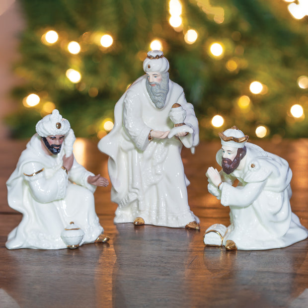 Belleek Three Kings Set