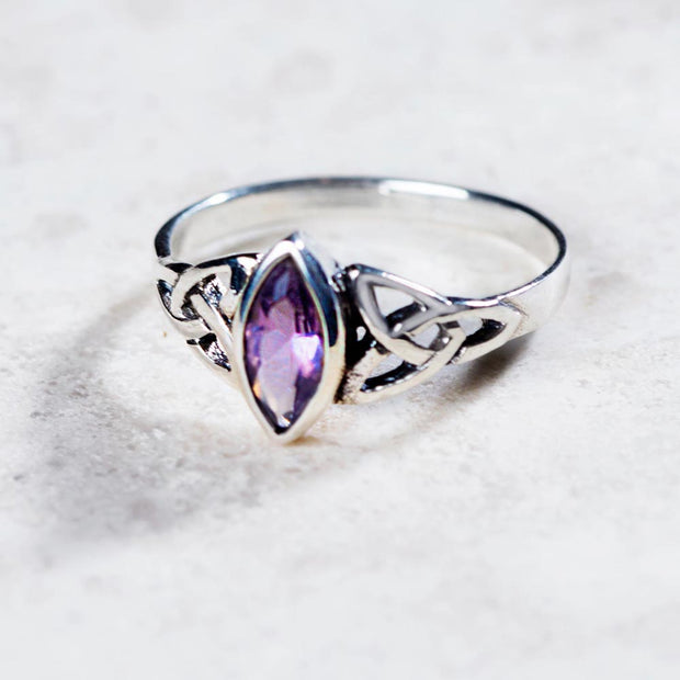 Celtic Knot Amethyst Ring
