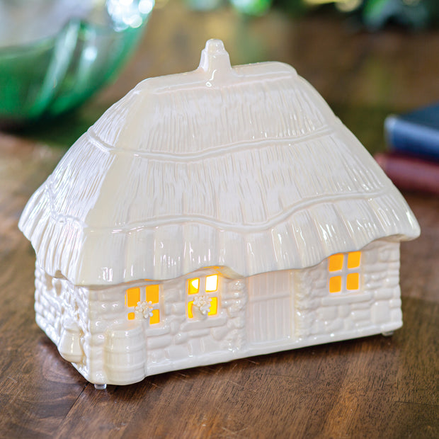 Belleek Thatched Cottage Lamp