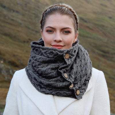 5 Button Snood