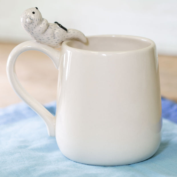 Sculpted Otter Mug