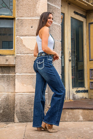 THE MID-WASH BOOTCUT JEANS WITH STITCH