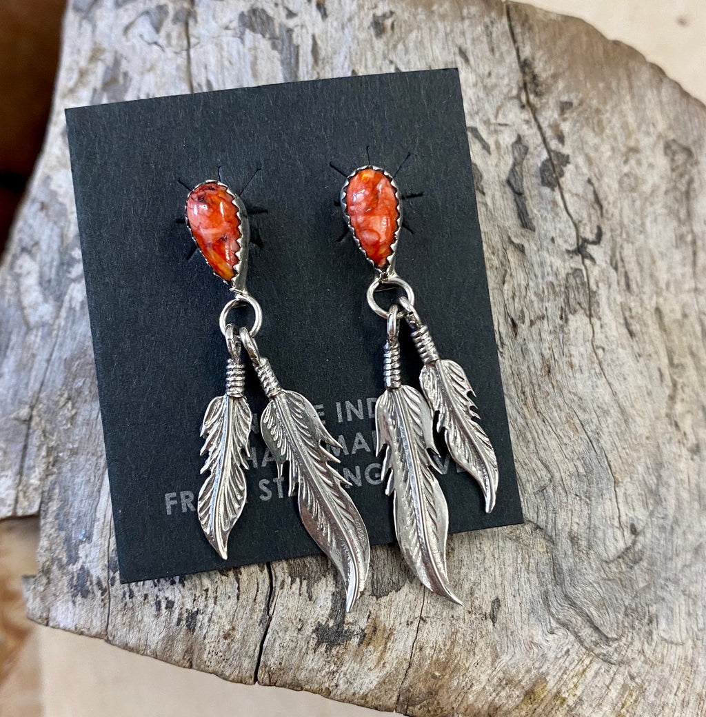 The Spiny Oyster Feather Earrings - Ny Texas Style Boutique