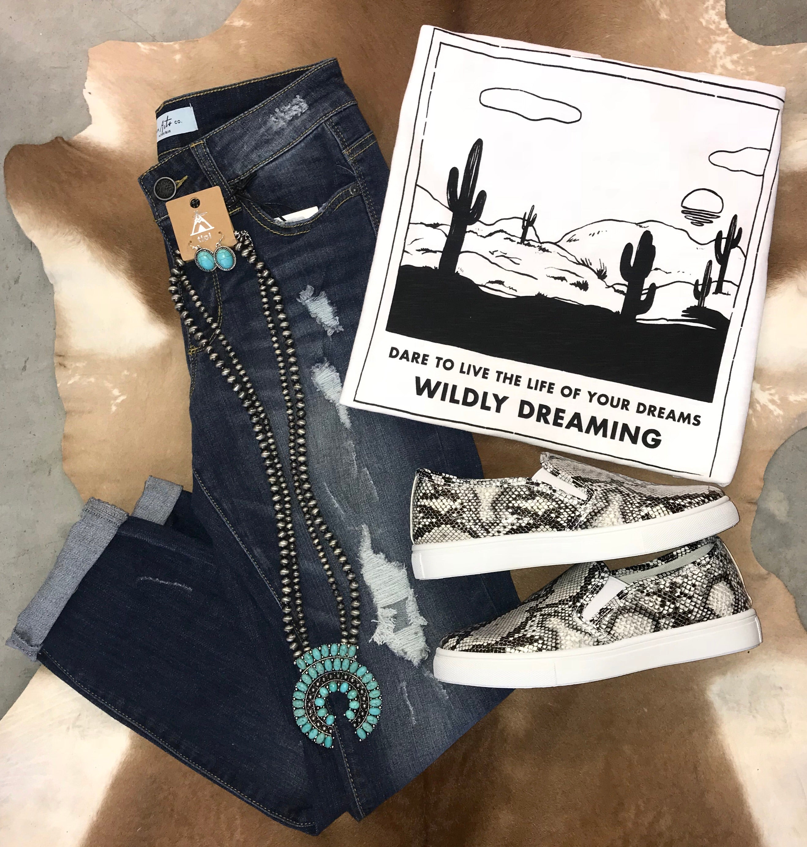 Wildly Dreaming Tee - Ny Texas Style Boutique
