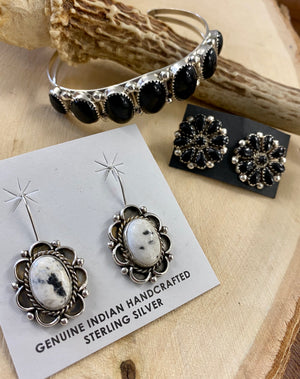 The Onyx Post Earrings - Ny Texas Style Boutique