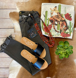 The Kerrville Black Sandals - Ny Texas Style Boutique