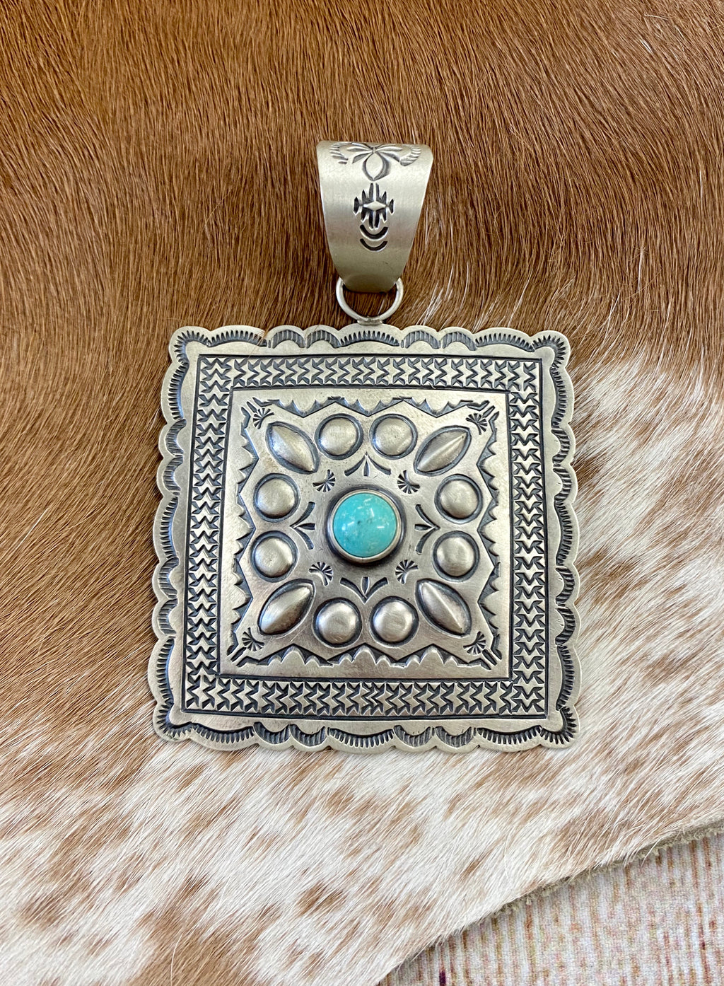 The Harris Joe Pendant - Ny Texas Style Boutique