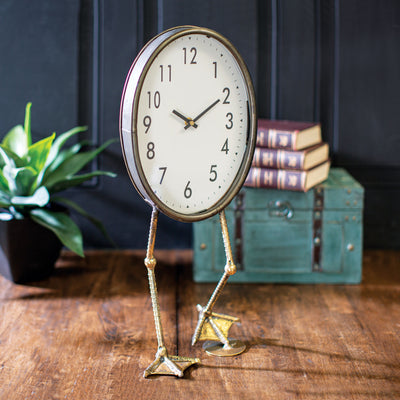 Table Clock with Duck Feet