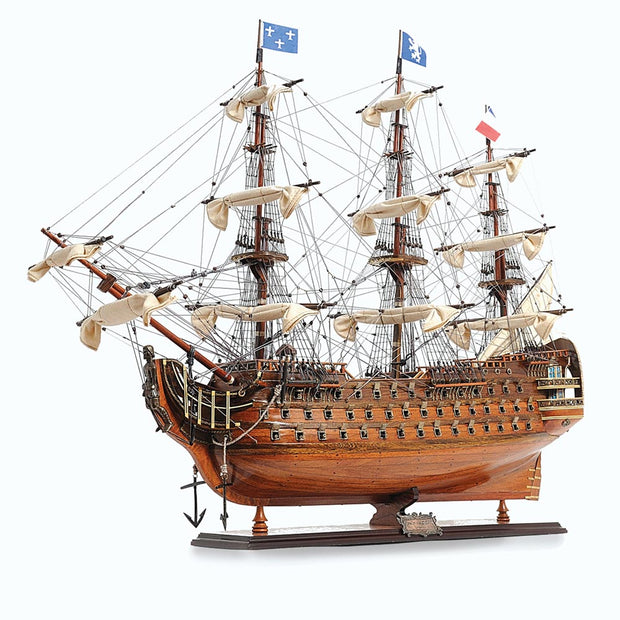 Royal Louis Model