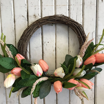 Wreath - Twig, Tulips, Ass't Foliage  18""
