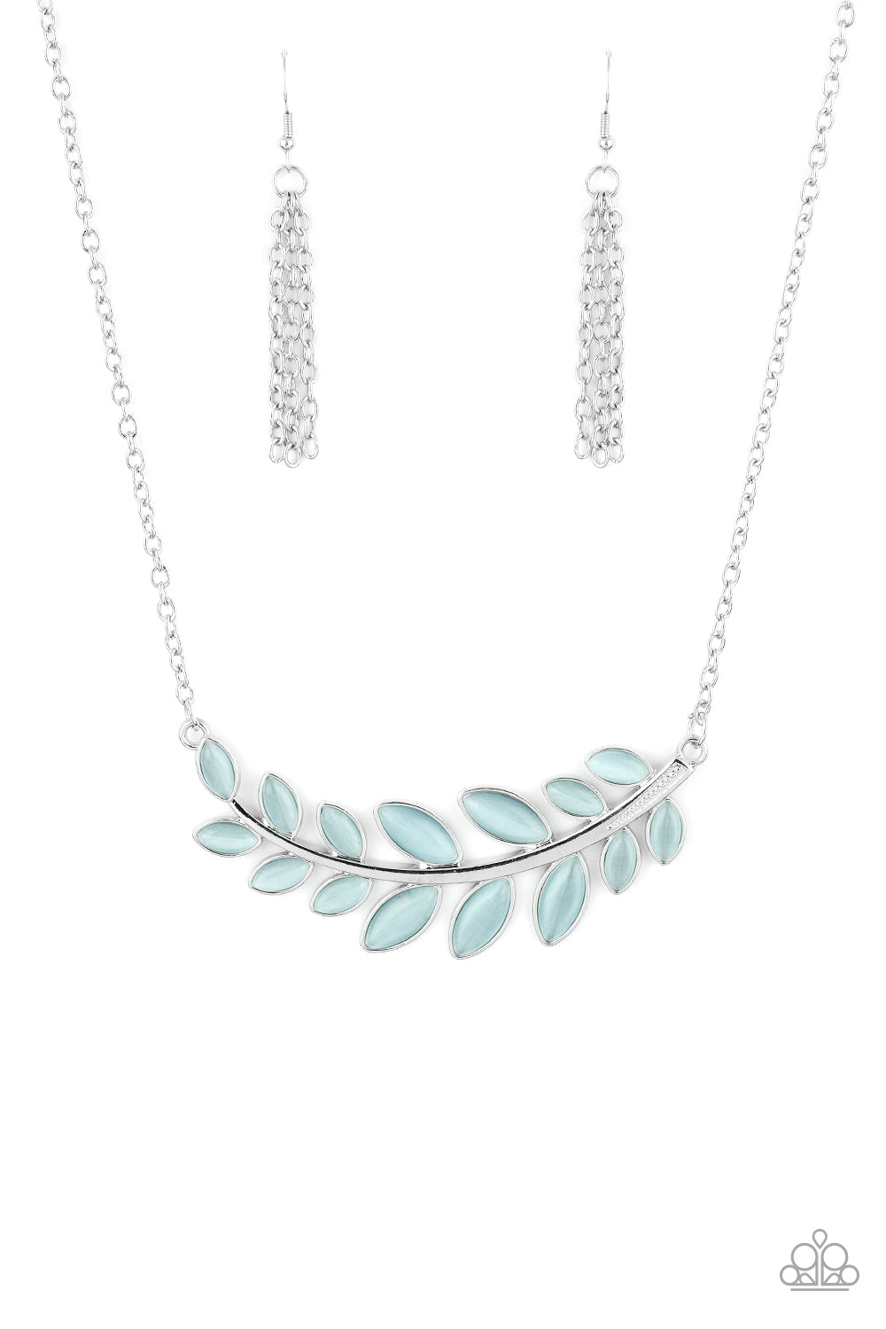 Paparazzi Frosted Foliage Blue Short Necklace
