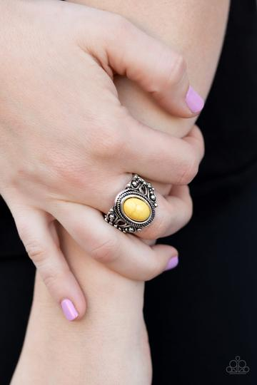Paparazzi Coyote Canyon Yellow Stone Ring