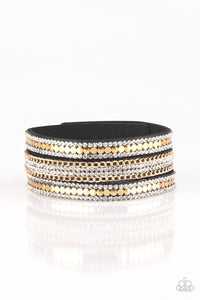 Paparazzi Fashion Fanatic Gold Single Wrap Snap Bracelet