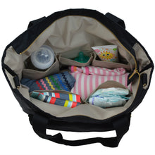 Toting & Doting diaper tote interior